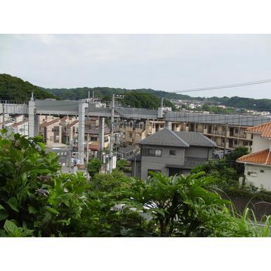 鎌倉日和の特選物件【西鎌倉の眺望のいいテラスハウス】